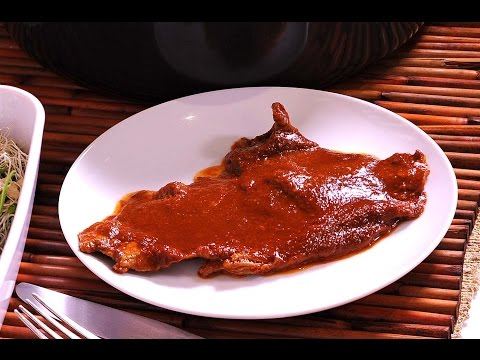 Bistec de res en salsa de pasilla y naranja