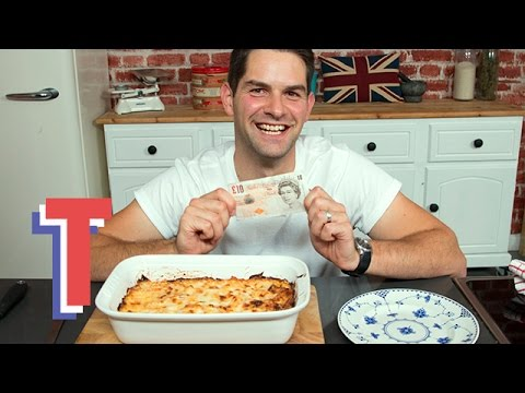 Chicken And Tomato Pasta Bake | Tasty Tenner Challenge
