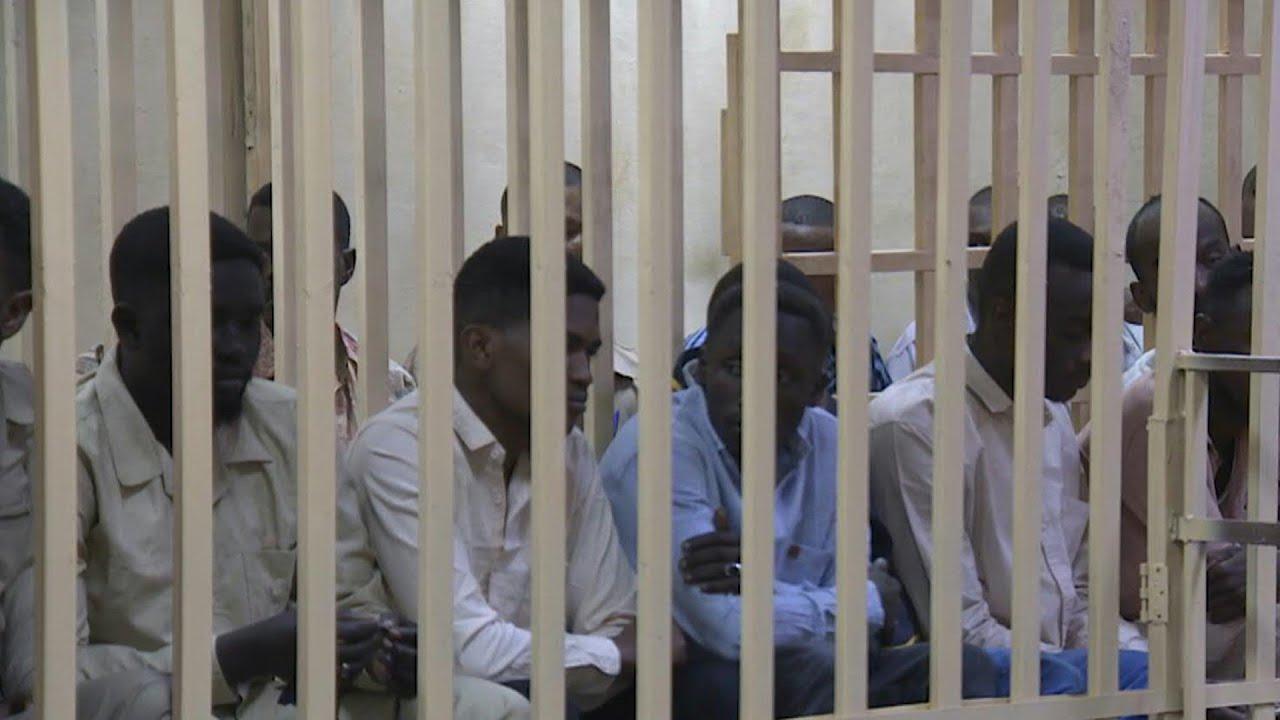 حكم بالإعدام على 27 عضوا في جهاز المخابرات السوداني في قضية قتل متظاهر معتقل | AFP