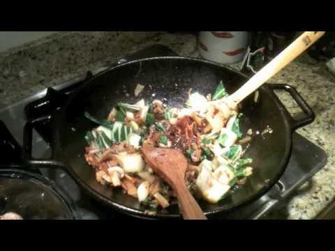 CWI - Cooking While Intoxicated: Ep 2 Stir Fry Pork w/ Citrus sauce in Cast Iron Wok