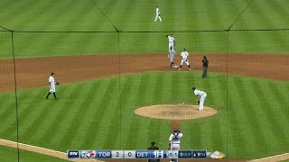 Download TOR@DET: Parnell spikes ball into mound on throw Video