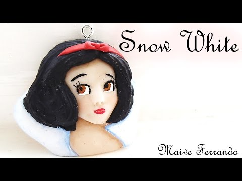 Polymer Clay Disney Princess Snow White Charm/Pendant Tutorial || Maive Ferrando