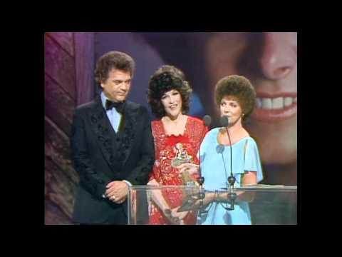 Christy Lane Wins Top New Female Vocalist - ACM Awards 1979