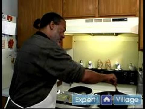 How to Make Chicken Marsala : How to Cook Chicken in Marsala Sauce
