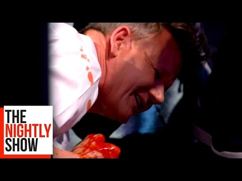 Gordon Ramsay Cuts His Finger in a Blender on The Nightly Show!