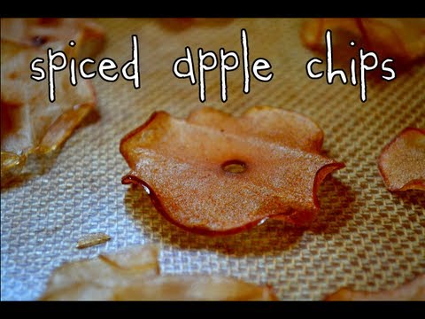 Spiced Apple Chips | Holiday Gift Idea #1