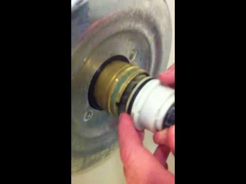 How to Repair a Delta Monitor Leaky Tub Faucet - Part 2 (1700 series)