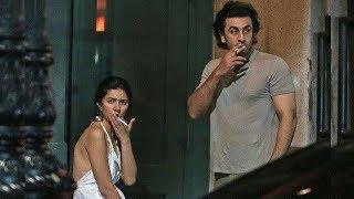 Love Birds Ranbir Kapoor & Mahira Khan spotted SMOKING