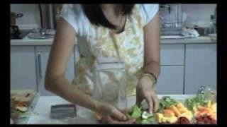 How to make Papaya Kiwi Enzymes