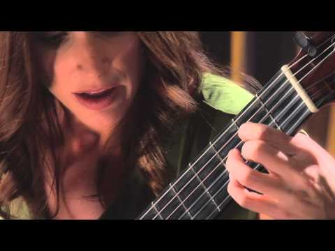 Guitar - Trailer - Alfred's Teach Yourself to Play Classical Guitar