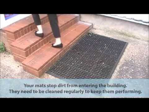 How To Clean Outdoor Entrance Mats