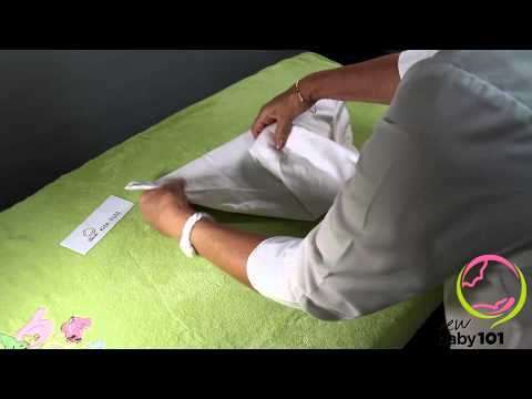 www.newbaby101.com.au 5 Ways to Fold Traditional Square Nappies/Diapers