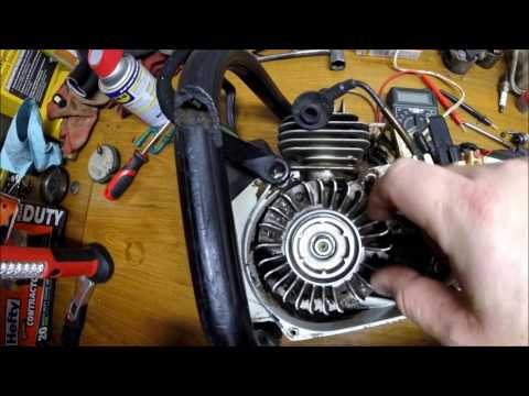 DIY How To Remove Chainsaw Flywheel Without Puller - Stihl Husqvarna, Echo, Poulan