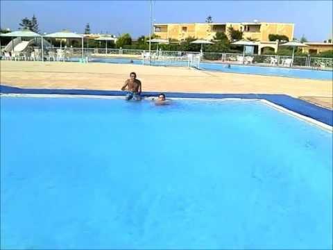 Motorola Defy Water Resistant Egypt test