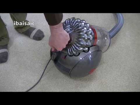 Dyson CY22 Cinetic Big Ball Animal Vacuum Cleaner Demonstration & Review