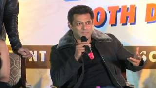 Salman Khan At Da-bangg Tour 2017, Delhi   Full Press Conference   Sonakshi, Kriti Sanon
