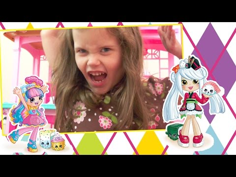 Toy Time: Kennedy opens Shopkins Happy Places Kitty Kitchen and Puppy Parlor/ BLIND BAGS TOO!
