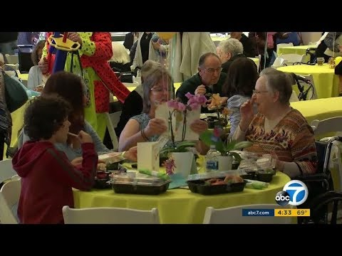 ABC7 coverage of the Los Angeles Jewish Home's Mother's Day event 2018