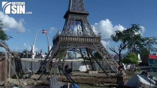 ¿Por qué una réplica de la Torre Eiffel frente a la Plaza de la Bandera?