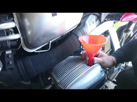 BMW R1100s  DIY Oil,Filter and Plug Change