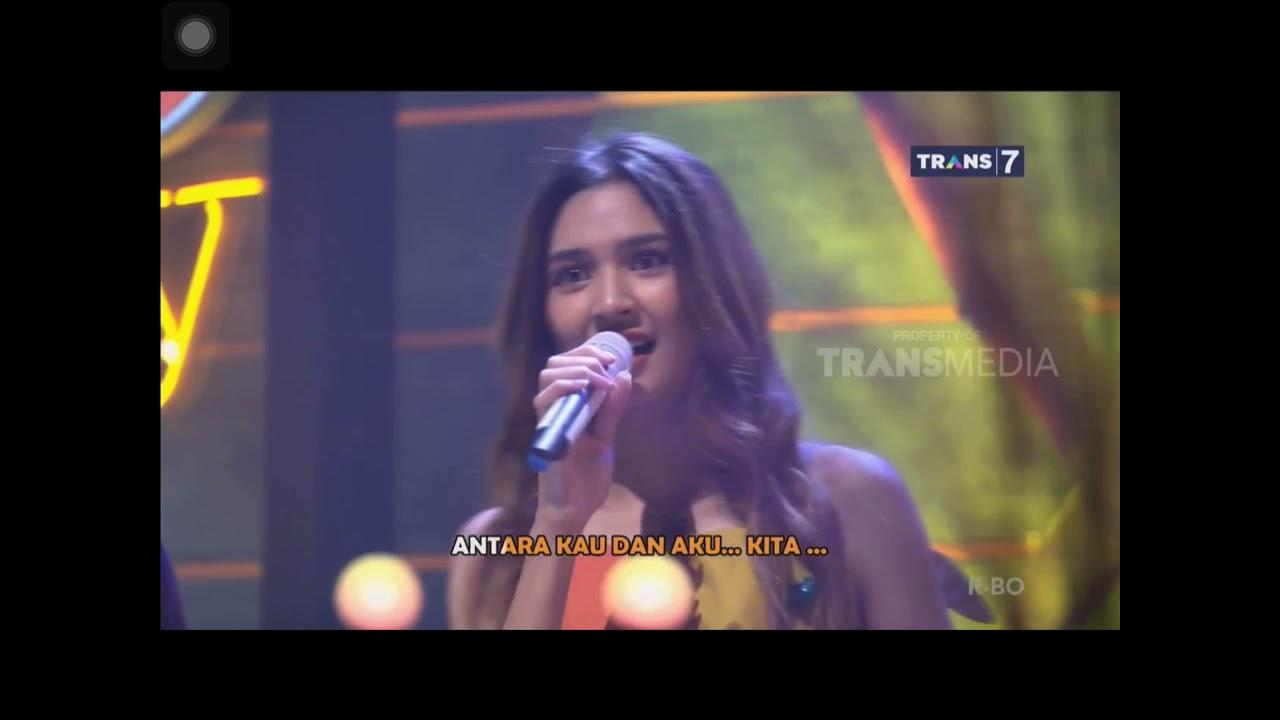 Download Ari Lasso ft Mikha Tambayong - Aku Dan Dirimu | ADA SHOW MP3 Gratis