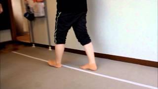 外反母趾・足の痛みでお悩みの方へ。さいたま中央フットケア整体院は、カサハラ式フットケア整体理論に基づいて足から健康を考える治療を行っています。詳しくは→http://www.ashiura-saitama.com/