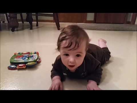 6 month baby update- George is Crawling!