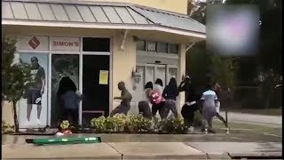 Hurricane Irma Looters Caught On Camera By Local News In Florida | What