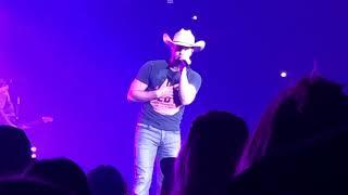 Dustin Lynch Ridin Roads Live In Spokane