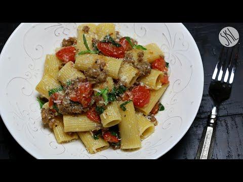 1 Minute Recipe | Spicy Sausage Rigatoni