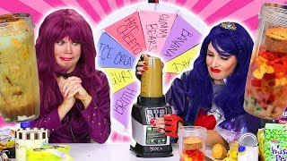 MYSTERY WHEEL OF SMOOTHIE CHALLENGE! (Mal and Evie Characters) 2018