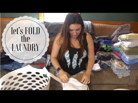 FOLD LAUNDRY WITH ME   Laundro-Chat 2017!