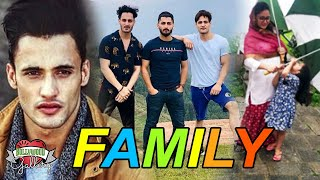 Asim Riaz Family With Parents, Brother Sister & Nears