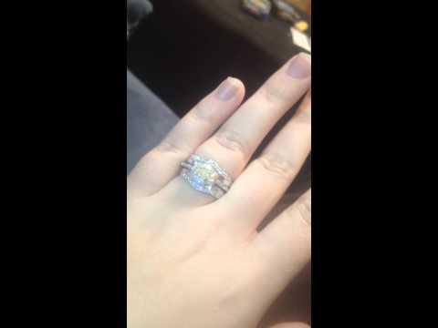 Zales diamond rings! Watch them sparkle!