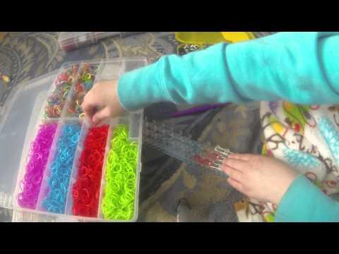 making Y type Pokeball charm on rainbow loom
