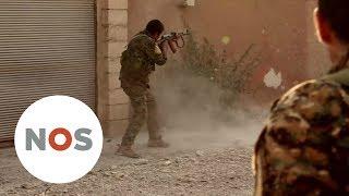 RAQQA: IS-strijders ontkomen door geheime deal