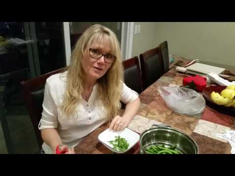How to cut ends of green beans