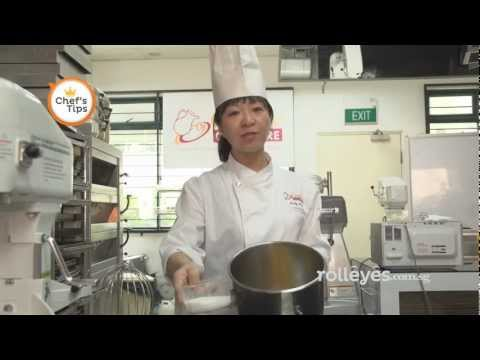 CHEF TIPS Secrets to having a very soft cake