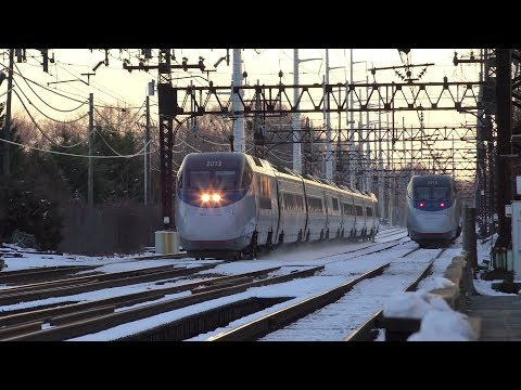 Metro-North, Amtrak, & SLE HD 60fps: New Haven Line Morning Rush @ Westport (Saugatuck) 12/11/17