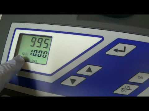 Calibrating Turbidimeter HF Scientific Micro 100