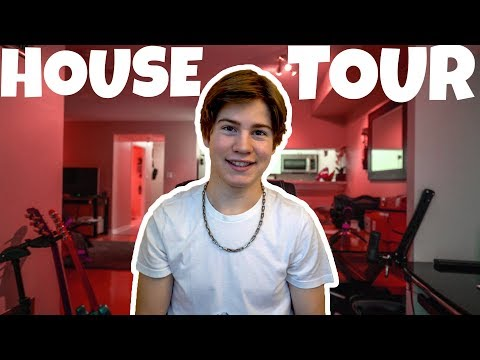 HOUSE TOUR!! (My New Apartment)
