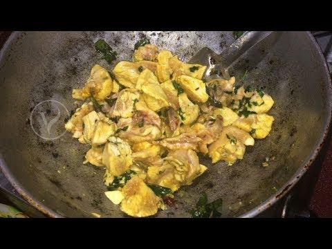 Homemade CHICKEN CURRY Village Style   MY MOTHER Prepared Chicken Gravy for SUNDAY ROUTINE BREAKFAST