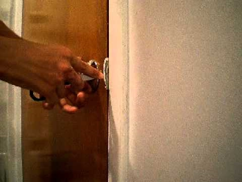 How to open a locked door with knife