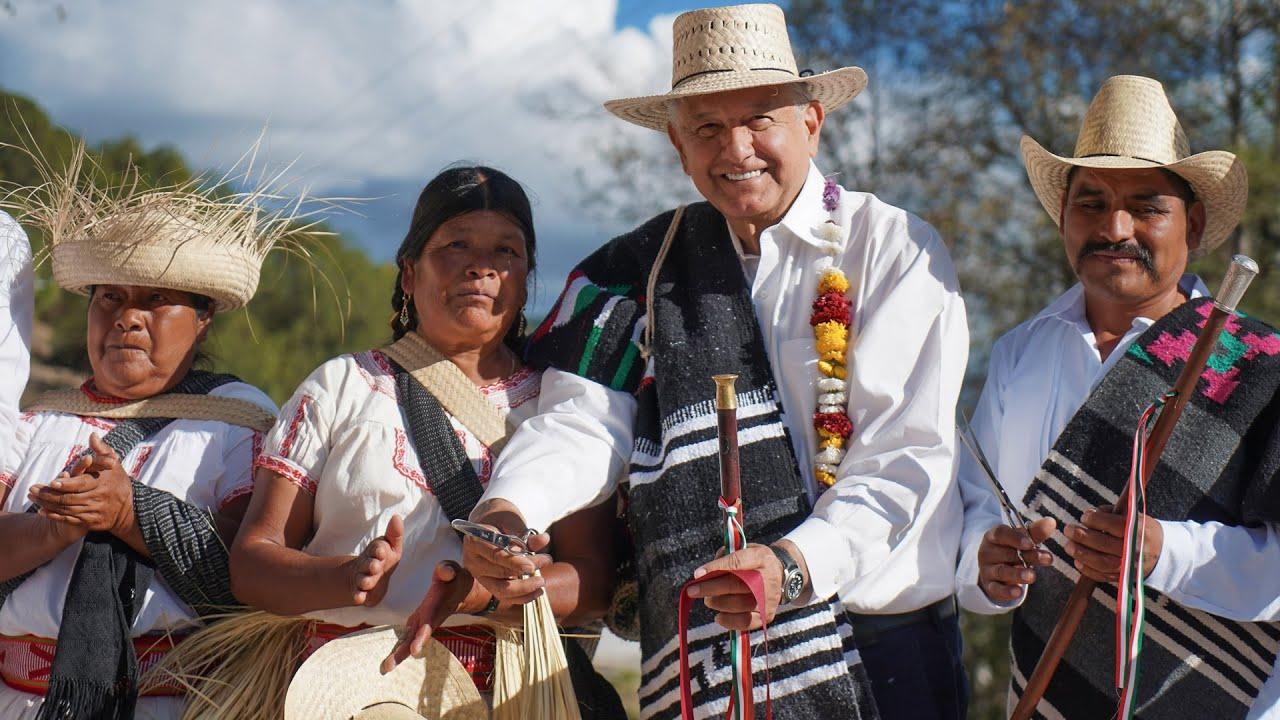 Inauguración del camino rural San Antonio Sinicahua y diálogo con el pueblo mixteco, desde Oaxaca