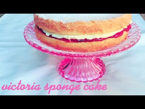 HOW TO MAKE VICTORIA SPONGE CAKE ( EASY)