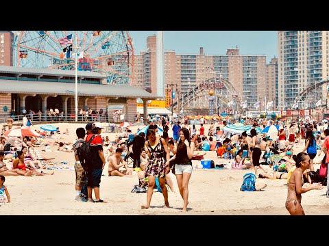 NEW YORK CITY 2018: SPRING across MANHATTAN and CONEY ISLAND BEACH! [4K]
