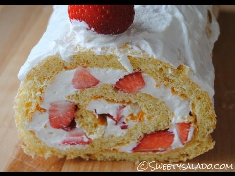 Strawberry Jelly Roll Recipe - How To Make A Strawberry Jelly Roll - Sweetysalado.com