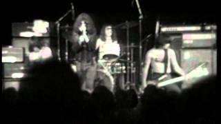 "Ramones - ""Suzy Is A Headbanger"""