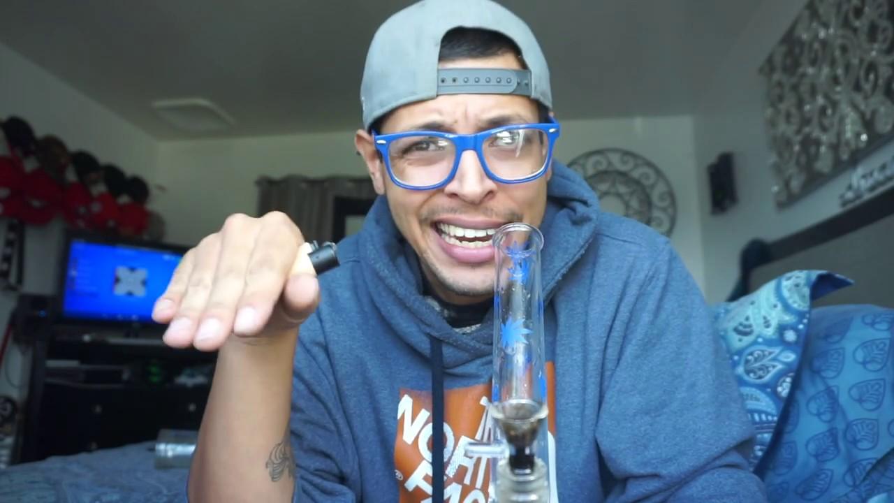 $13 00 GLASS BEAKER BONG REVIEW!!
