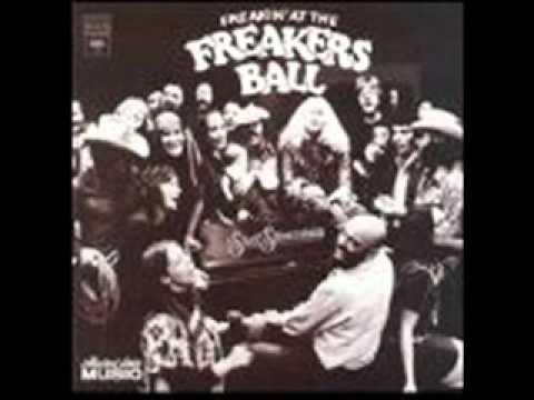 FREAKIN' AT THE FREAKERS BALL/ 15. Everybody's Makin' It Big But Me